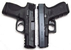 Glock vs M&P (From Someone Who's Carried Both) - Abe's Gun Cave